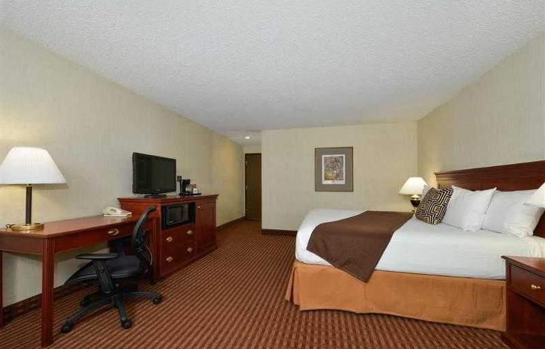 Best Western Greentree Inn - Hotel - 39