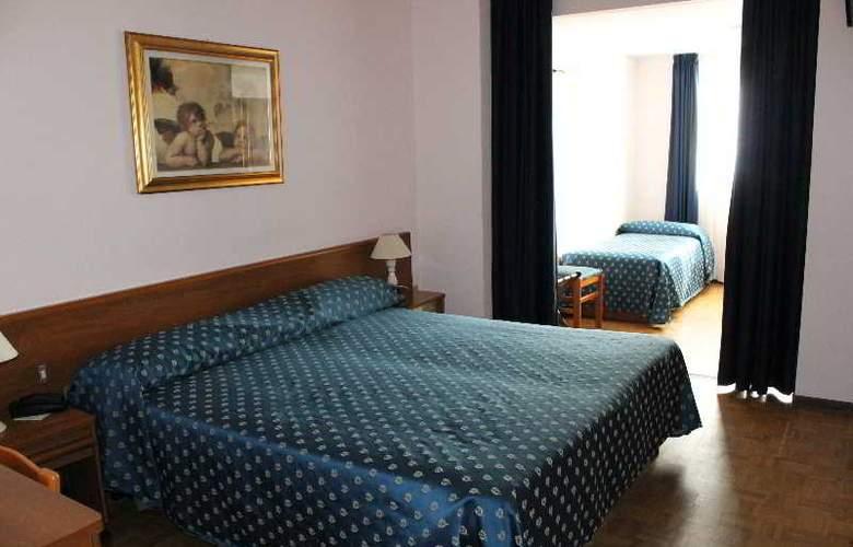 Rio Hotel - Room - 6
