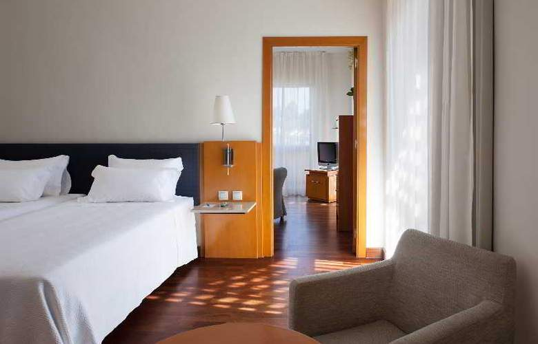 NH Luz Huelva - Room - 8