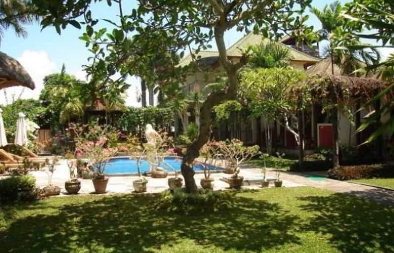 Bona Village Inn - Pool - 2