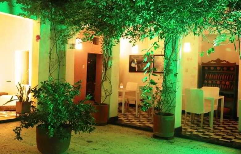 La Casa del Farol Hotel Boutique - Terrace - 9