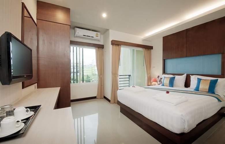 Blue Sky Patong Hotel - Room - 10