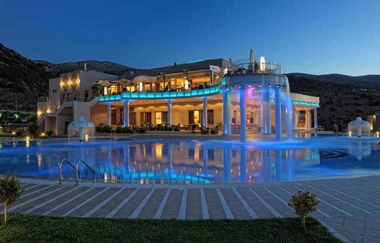 Royal Heights Resort - Hotel - 0