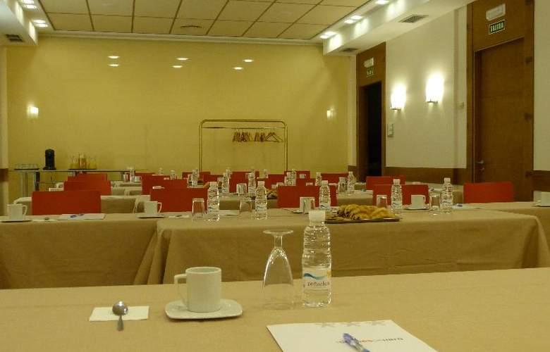 Condes de Haro - Conference - 12