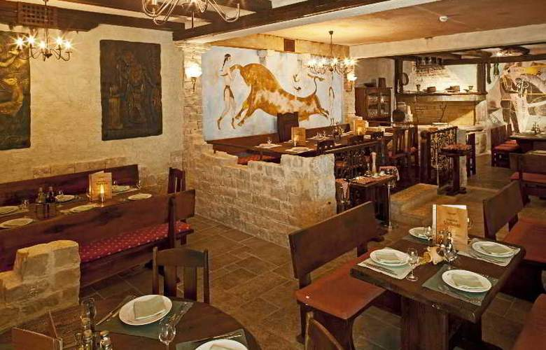 Bluesun Hotel Elaphusa - Restaurant - 38