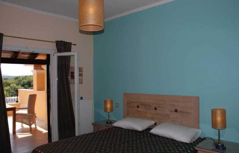 Spiti Nikos - Room - 0