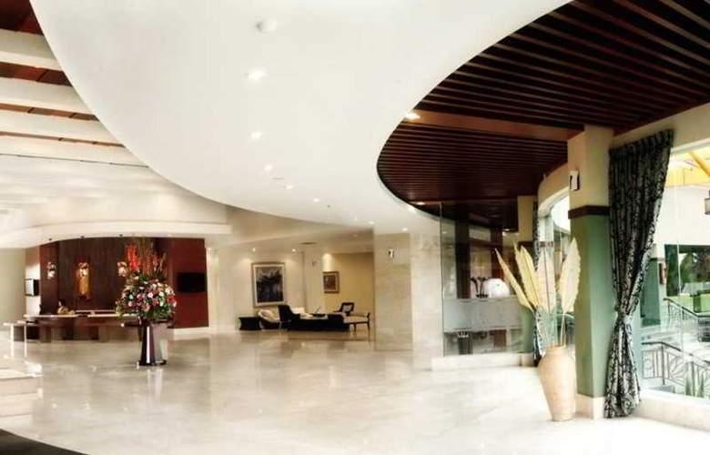 Bannana Inn Hotel & Spa - General - 1