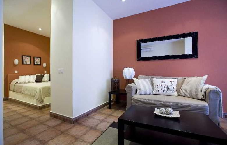 H2 Tirso de Molina - Room - 15