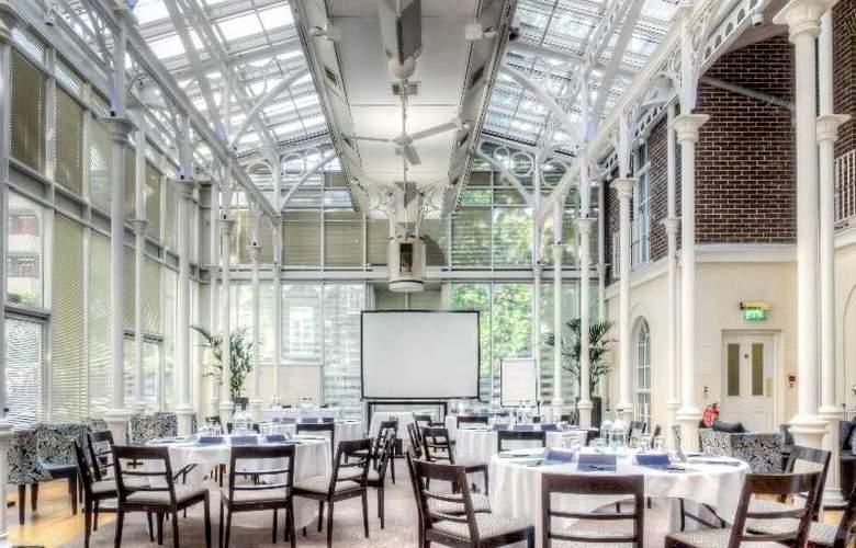 Hilton London Euston - Conference - 20