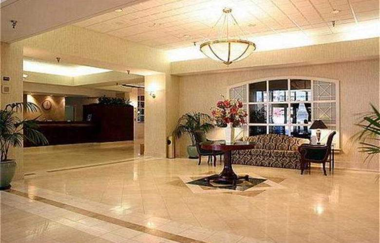 Holiday Inn Arlington at Ballston - General - 0