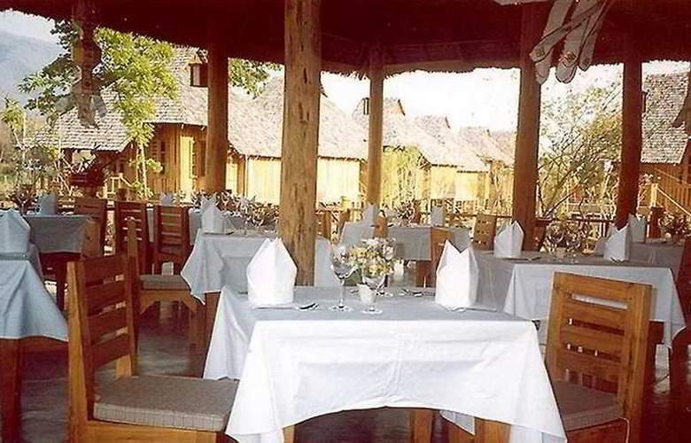 Belle Villa Resort Pai - Restaurant - 11