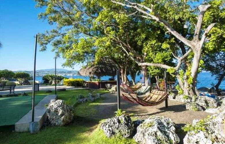 Casa Marina Beach & Reef - General - 9