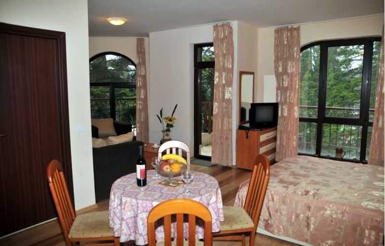 Tes Flora Apartments - Room - 11