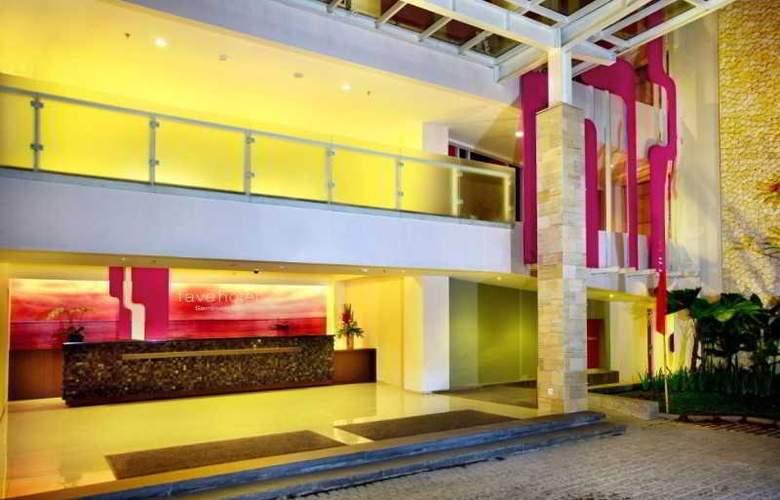 Fave Hotel Seminyak - General - 1