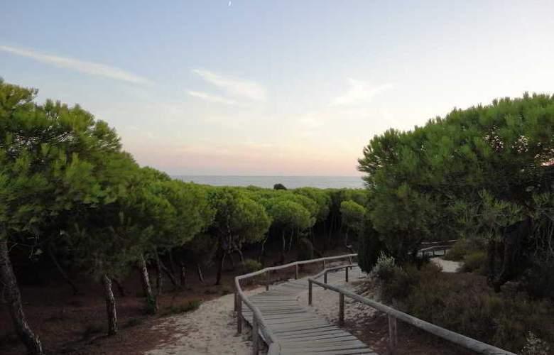 Leo Punta Umbría - Beach - 13