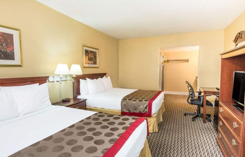 Ramada West Sacramento - Room - 5
