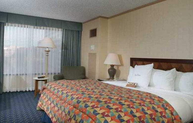 Doubletree Hotel Tulsa at Warren Place - Room - 0
