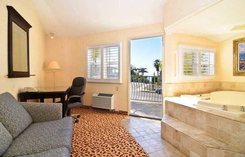 Best Western Plus Laguna Brisas Spa Hotel - Hotel - 19