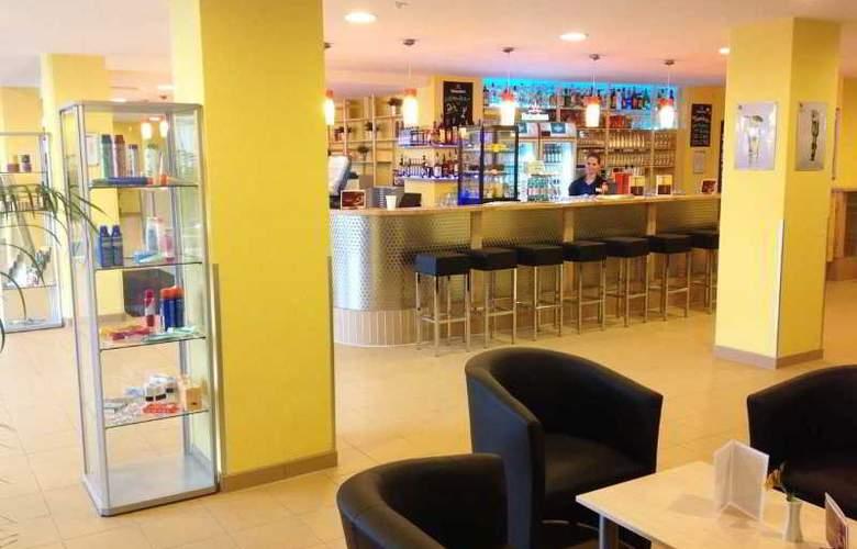 A&O Graz Hauptbahnhof - Bar - 17