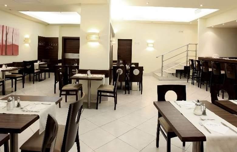 Pension Attaché - Restaurant - 9