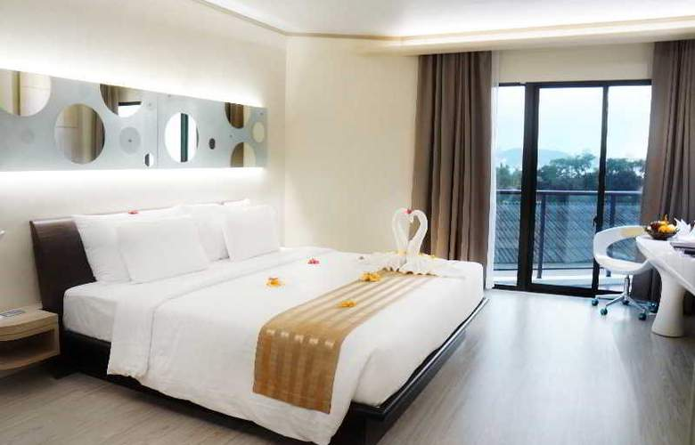 Pattaya Discovery Beach Hotel - Room - 17