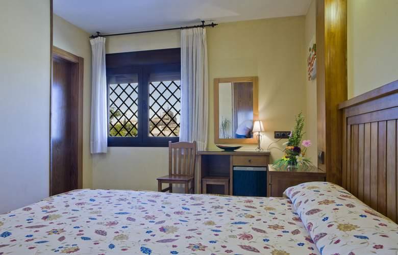 Medina de Toledo - Room - 8