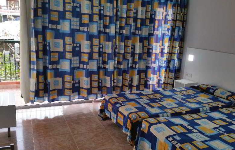 Chinyero - Room - 7