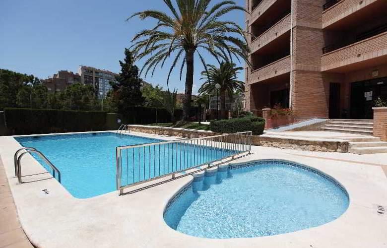 La Caseta - Pool - 11