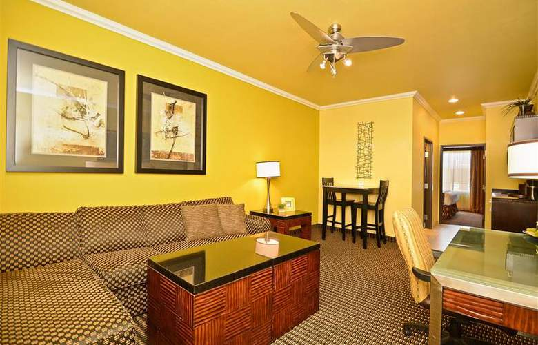 Best Western Plus Christopher Inn & Suites - Room - 142