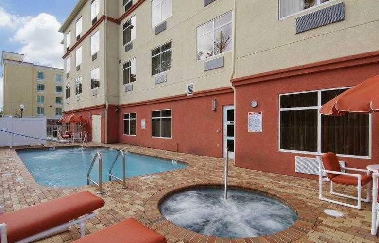 Best Western Plus Cecil Field Inn & Suites - Hotel - 4