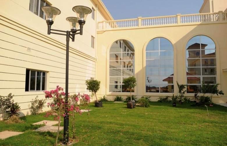 Ritz Victoria Garden - Hotel - 7