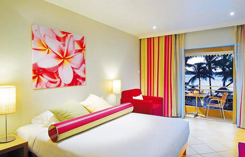 Mauricia Beachcomber Resort & Spa - Room - 1