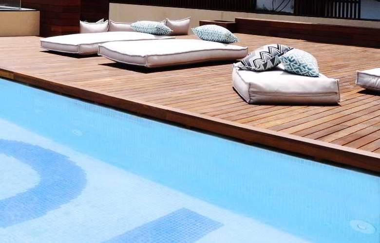 Toc Hostel Barcelona - Pool - 3