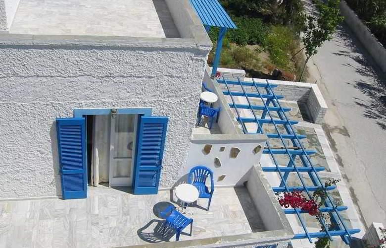 Rea Hotel - Terrace - 2