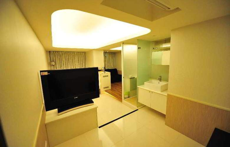 ezBookers - Fuxing A - Room - 5
