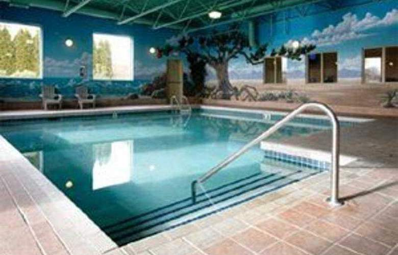 Best Western Plus Sunrise Inn - Pool - 3