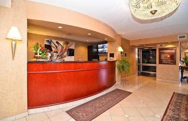 Best Western Inn On The Avenue - Hotel - 27