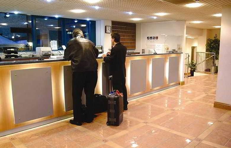 Ibis Styles London Excel Hotel - General - 8