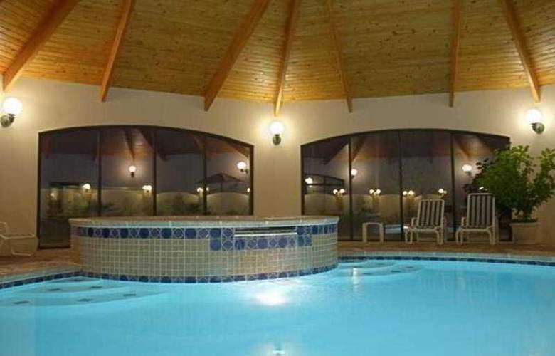 Tulip Inn Estarreja Hotel & Spa - Pool - 21