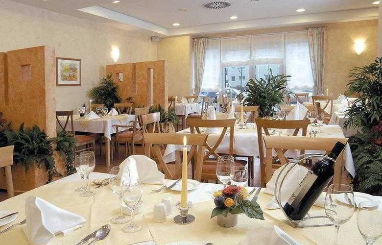 Best Western Premier Steubenhof Hotel - Hotel - 12