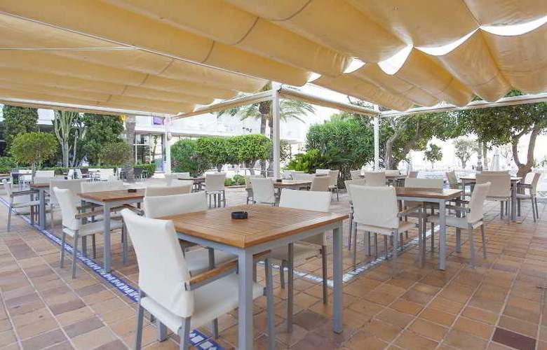 Sirenis Hotel Club Goleta & Spa - Bar - 27