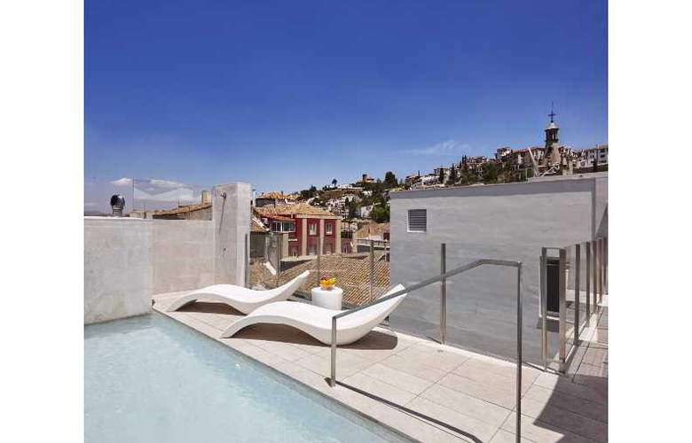 Granada Five Senses Rooms & Suites - Pool - 85