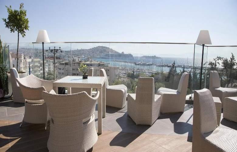 Marina Hotel - Terrace - 32