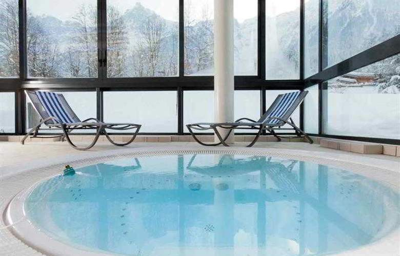Mercure Chamonix les Bossons - Pool - 56