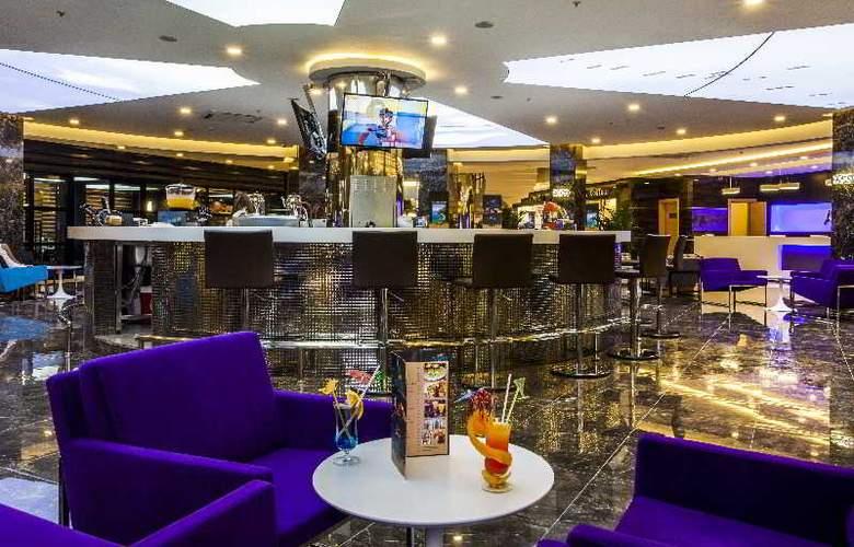Avena Resort & Spa Hotel - Hotel - 11
