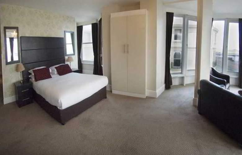 Queens Hotel - Room - 4