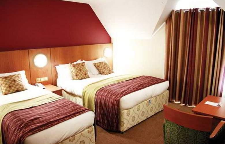 L´ Etoile Beach Hotel - Room - 10