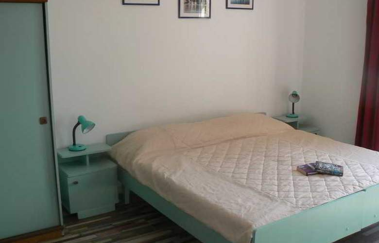 Apartments Zecevic - Room - 8