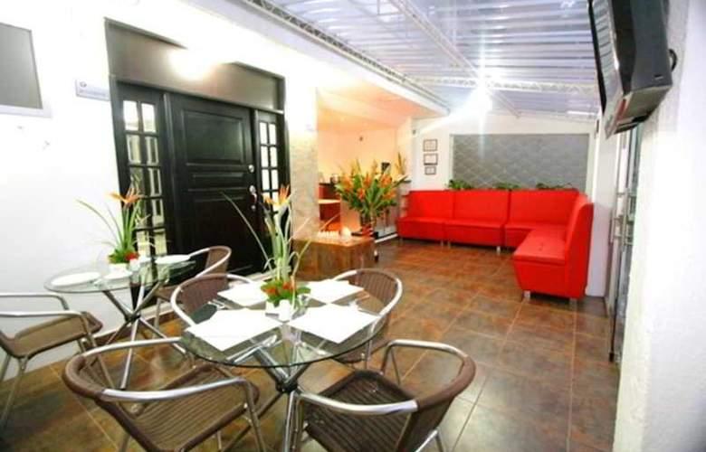 Hotel Lemus Plaza - Restaurant - 3