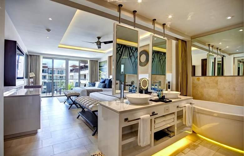 Royalton Riviera Cancun - Room - 9